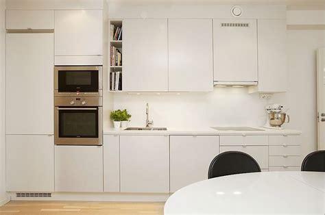 Apartment size kitchen, laminate kitchen cabinets