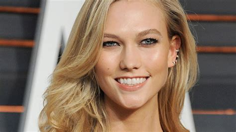 Want Get Karlie Kloss Beachy Glow Watch This