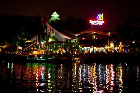 tempat wisata kuliner malam  jakarta  wajib