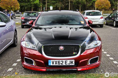 jaguar xjr   april  autogespot
