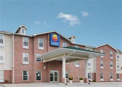 comfort inn chesterfield mo comfort inn suites chesterfield deals see hotel
