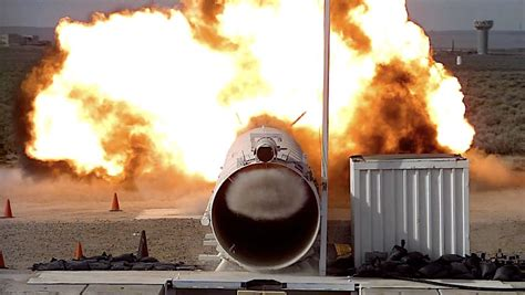 Blast tube tests at Sandia simulate shock wave conditions ...