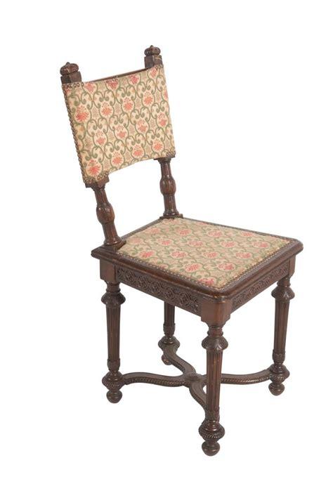 dossier chaise chaise de style louis xiii en chêne à dossier droit
