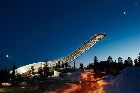 cafard cuisine une chambre d 39 hôtel en haut d 39 une re de saut à ski