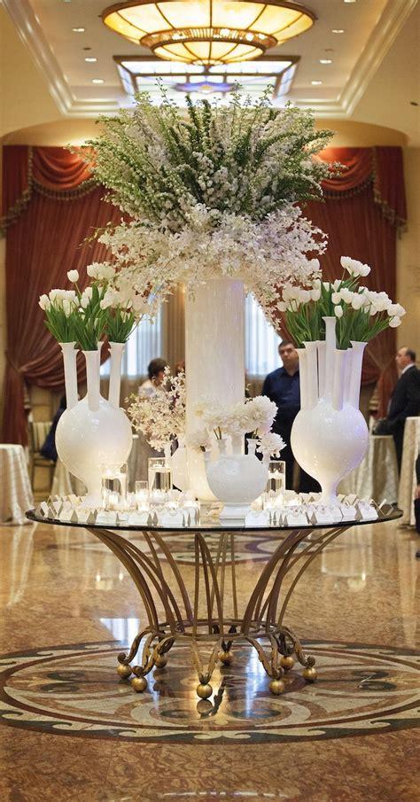 wedding ideas  stunning tall centerpieces modwedding