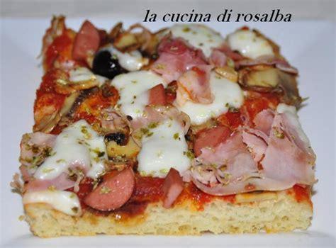 pizza fatta  casa ricetta