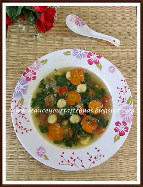 sayur bening bayam spinach carrot and tomato soup your tastebuds