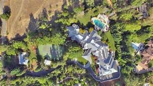 Billionaire Jeff Skoll Lists Silicon Valley Mansion for ...