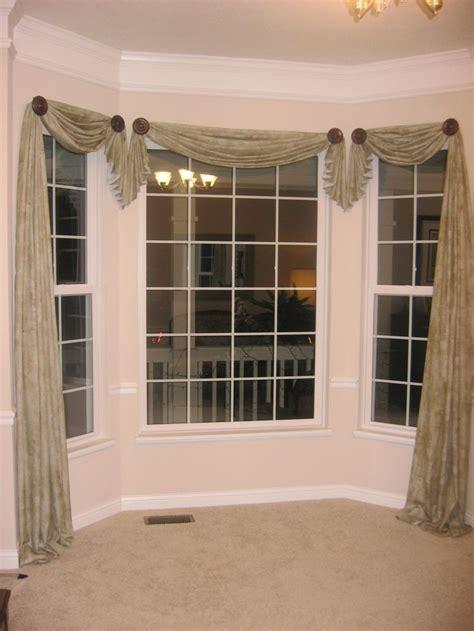 how to drape a bay window best 25 window scarf ideas on bedroom