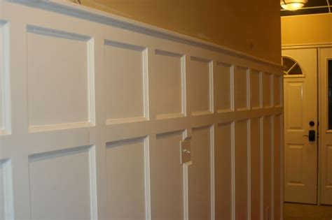 Installing Wainscoting Panels In Bathroom by 25 Best Ideas About Installing Wainscoting On