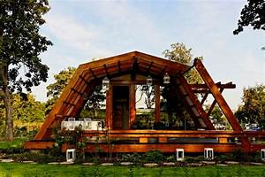 Cool Design For A Self Sustainable Home