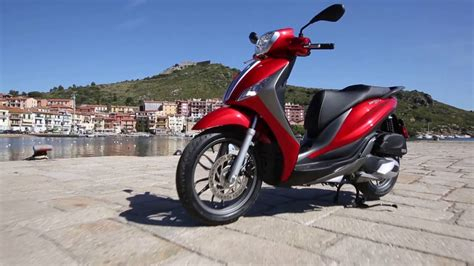 Review Piaggio Medley by Piaggio Medley Review Road Test