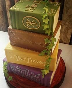 Herr Der Ringe Torte : lord of the rings books cake herr der ringe torte b cher cakes pinterest cake ring cake ~ Frokenaadalensverden.com Haus und Dekorationen
