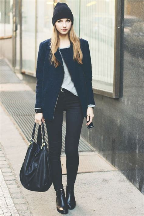 Black beanie navy coat black hobo bag black skinny jeans black booties | Street Fashion ...