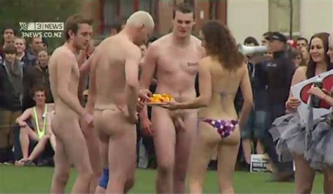 Tubexposed Straight Guys Exposed On The Net Kiwi Rugby Team Goes Nude Again Damn Hot Men