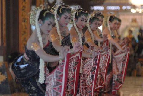bedaya pangkur traditional dance visit indonesia