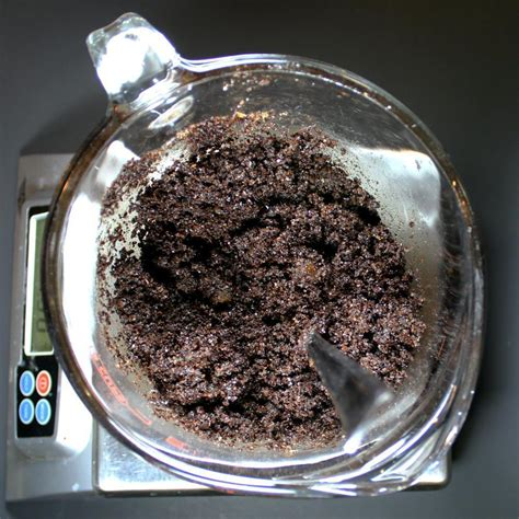For a creamier sugar scrub, run the mixture through a food processor until it's whipped and creamy. This homemade coffee scrub recipe without coconut oil is inspired by the Frank Body Origin… in ...