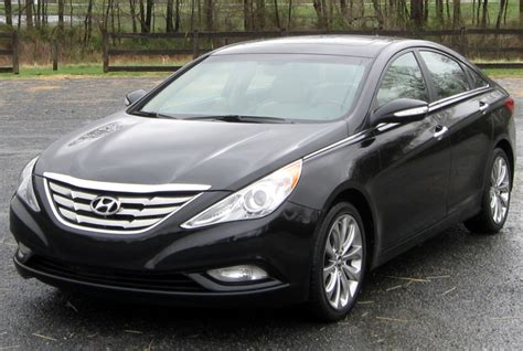 Hyundai Sonata Recalls 2011 by Hyundai Recalls 470 000 Sonatas To Fix Big Engine Problem