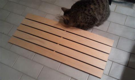 Wooden bathmat/duckboard - IKEA Hackers - IKEA Hackers