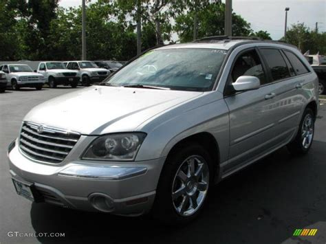 2005 Chrysler Pacifica Limited by Bright Silver Metallic 2005 Chrysler Pacifica Limited Awd