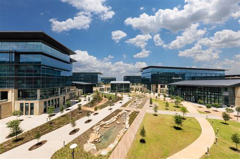 toyota corporate headquarters toyota s 1 billion headquarters 25 cool facts from the