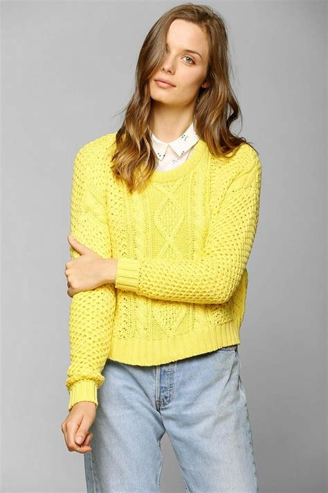 yellow cable knit sweater bdg cable knit cropped sweater urbanoutfitters popup