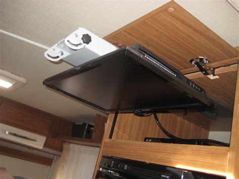 tv halterung wohnmobil tv einbau speziell t67 t448 wohnmobil forum seite 1
