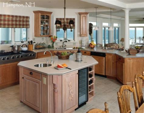 kitchen corner island 1000 ideas about birch cabinets on walnut 3421