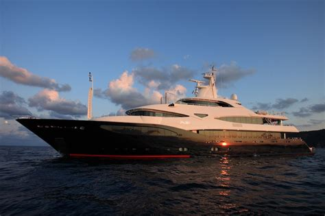 yacht blue eyes london  crn superyacht charterworld
