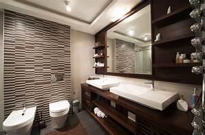 Baño pequeño con revestimiento en grises y marrones Fotos para que te inspires 3Presupuestos