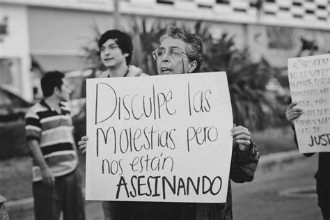 "foto de lucha feminista Tumblr ""Sorry for the inconvenience we"