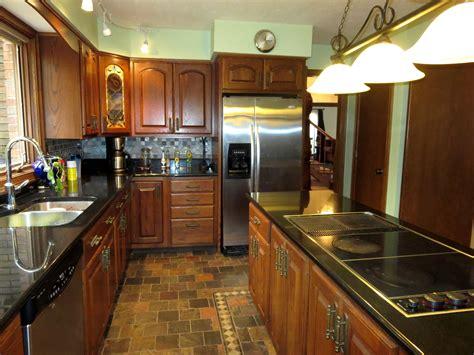 bathroom kitchen tiles 3933 yellow creek in bath by tony morganti of re max cr 1507