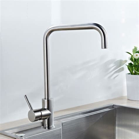 Stainless Steel Lead Free Kitchen Faucet (21010712ls