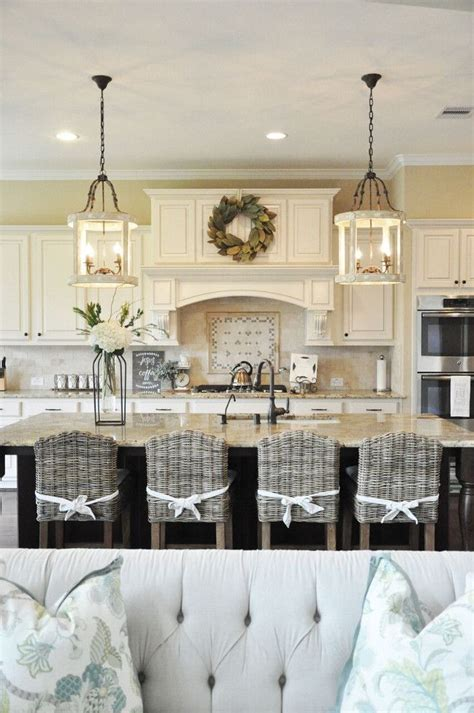 kitchen cabinets to the ceiling best 25 custom kitchen cabinets ideas on 8154