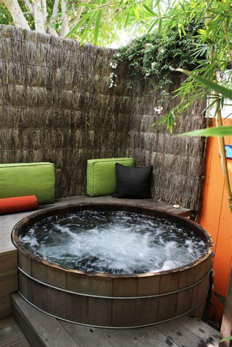 amazing hot tub ideas   backyard outdoorthemecom