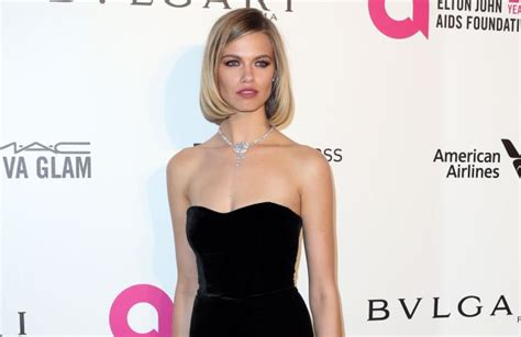 Hailey Clauson Signs With Ford Models