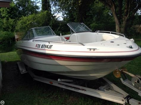 Chaparral Boats Used by 1999 Used Chaparral 200 Le Bowrider Boat For Sale