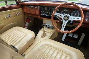 Sold  Jaguar Mk Ii 3 8  U0026 39 Manual U0026 39  Saloon Auctions