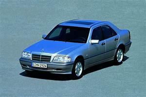 Mercedes Classe C Essence : mercedes classe c essais fiabilit avis photos prix ~ Maxctalentgroup.com Avis de Voitures