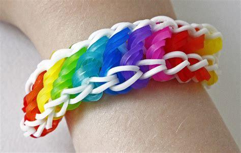 bracelet elastique tuto tuto bracelet 233 lastique torsad 233 rotini arc en ciel rainbow loom en fran 231 ais