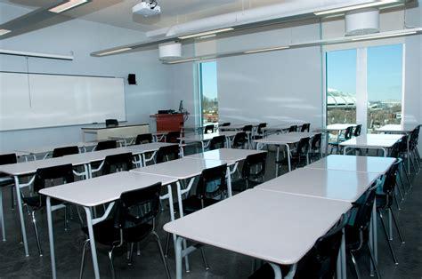 salle de salles de classe coll 232 ge de maisonneuve