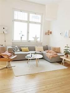 Große Couch In Kleinem Raum : frohe weihnachten foto von mitglied ~ Lizthompson.info Haus und Dekorationen