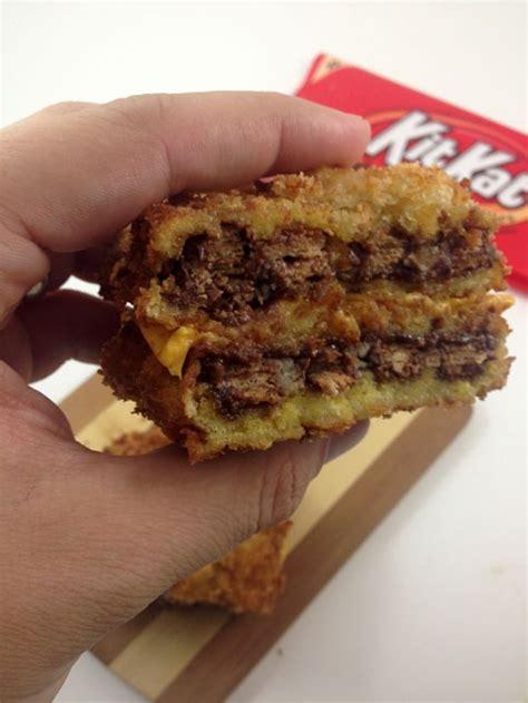 deep fried kitkat grilled cheese sandwich dudefoodscom