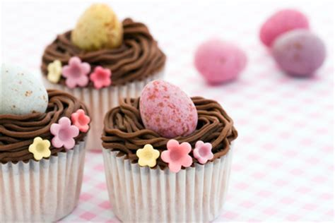 easter recipe mini carrot cupcakes