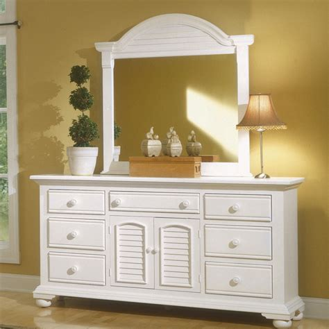 Cottage Furniture Distressed White Bedroom Furniture Distressed Cottage