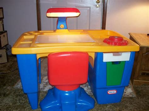 little tikes desk with light little tikes desk and chair with light best home design 2018