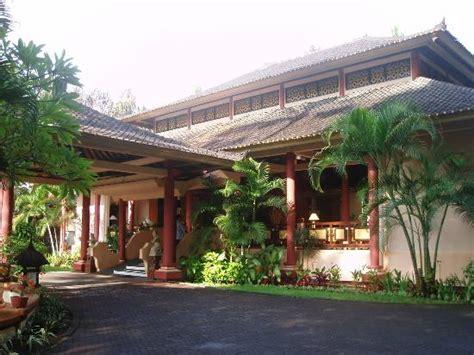 bali holiday resort reviews seminyak   resort