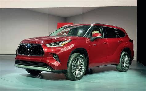 Toyota En 2020 by Toyota Rolls Out New And Improved Highlander For 2020