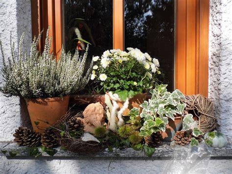 Herbstdeko Für Die Fensterbank by Herbstdeko Auf Der Fensterbank Bilder Und Fotos Deko