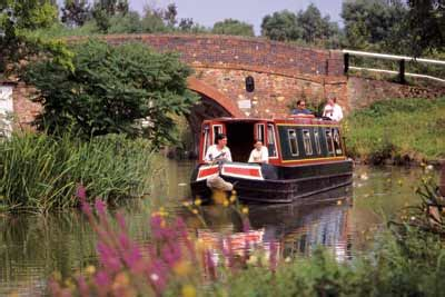 Canal Boats England by Canal Holidays Uk Barge Cruises Narrow Boat Hire